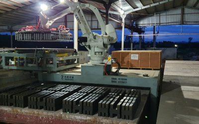 Thanh hóa: Hệ thống robot xếp gạch YASKAWA 500 đi vào hoạt động